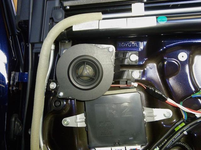 LS600h リアツィーター純正位置取り付け