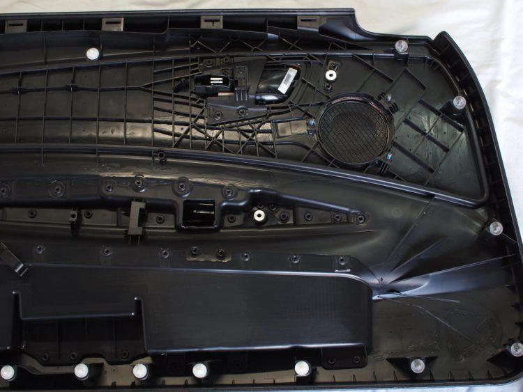 BMW 1シリーズ カブリオレ フロントドア内張制振