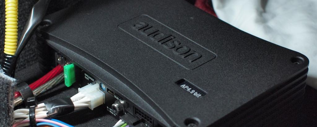 アンプ一体型プロセッサー取付メニュー
