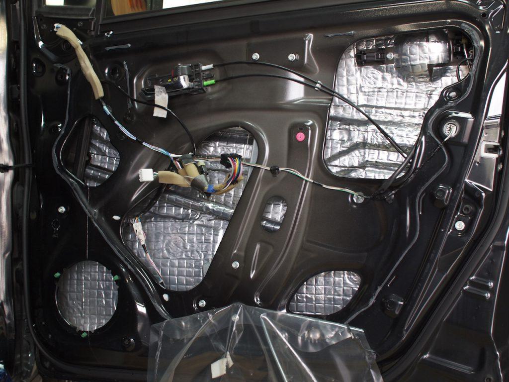 ワゴンR、ドア内部アウターパネル制振