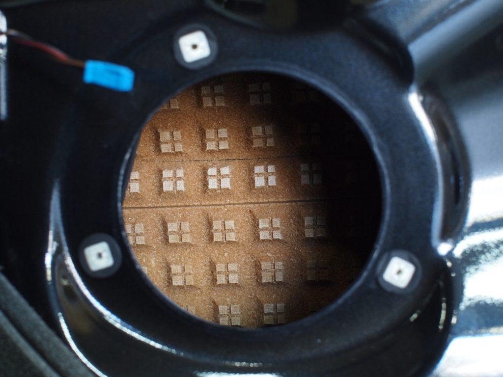 BMW スピーカー交換と吸音拡散処理
