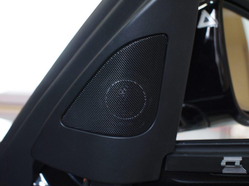 BMW純正ツィーターカバーにブラムのツィーター取付