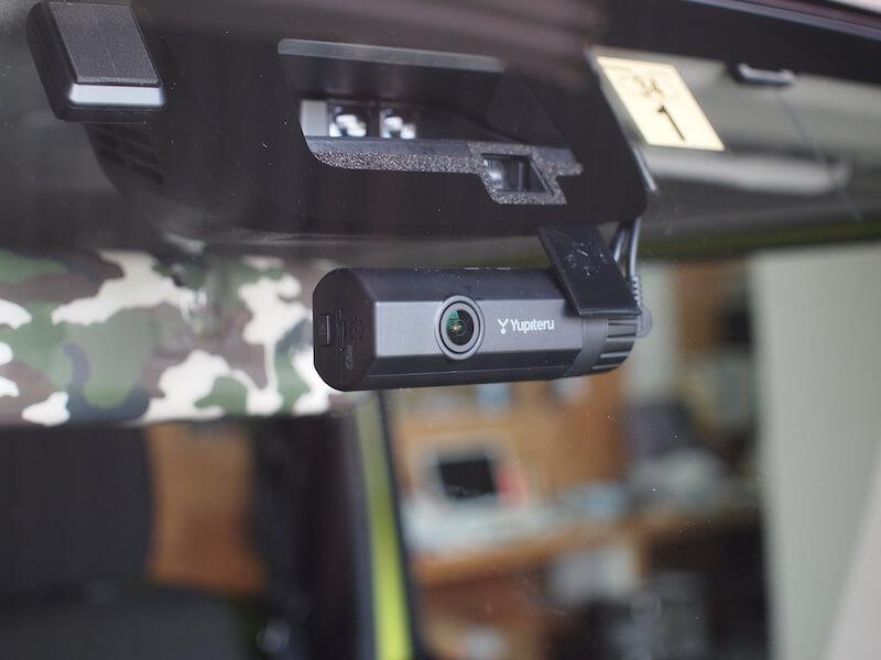 スズキ ジムニー(JB64W) ドライブレコーダー取り付け フロントカメラ