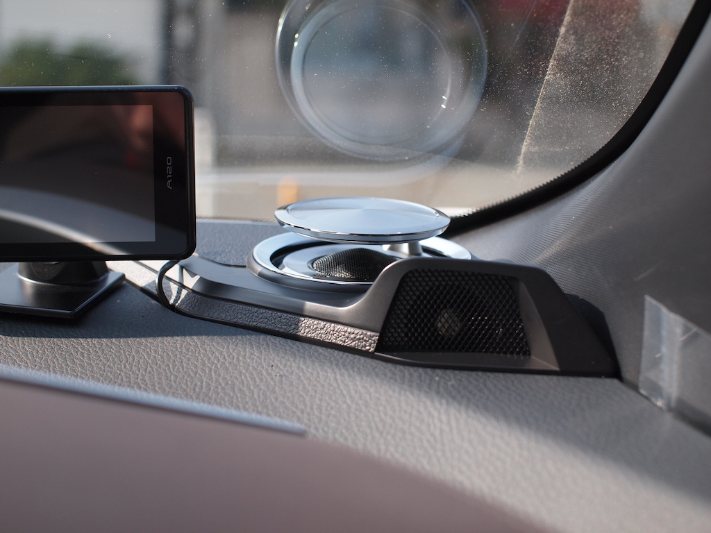 アルパインC-HR専用リフトアップスピーカー取り付け 運転席