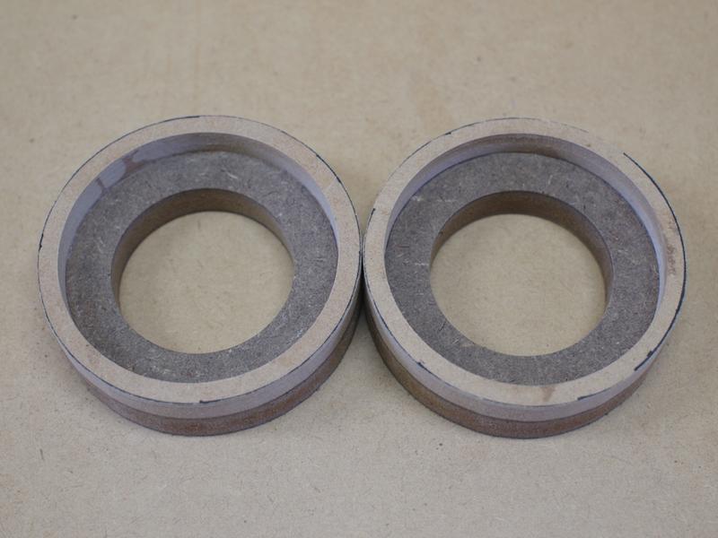トヨタプリウスにツィーターを取り付けるためのリング製作