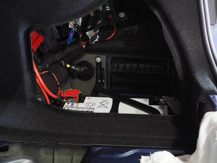 BMWアルピナバッテリー