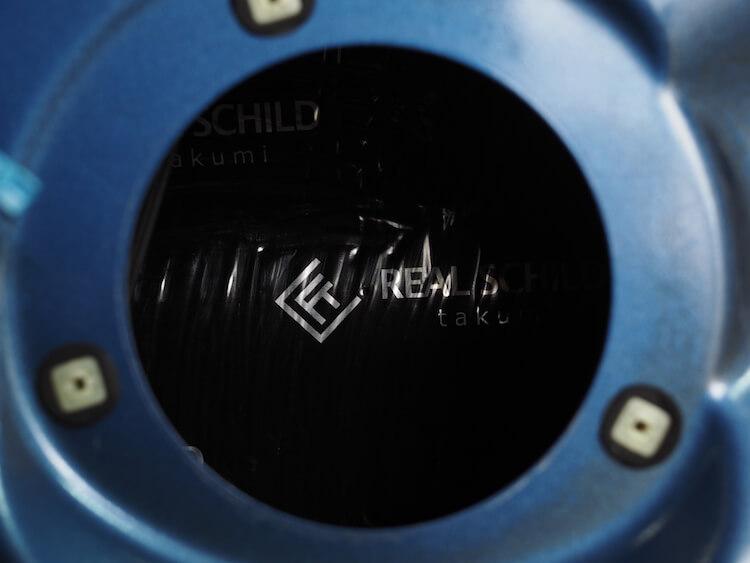 BMW320iアウターパネルデッドニング