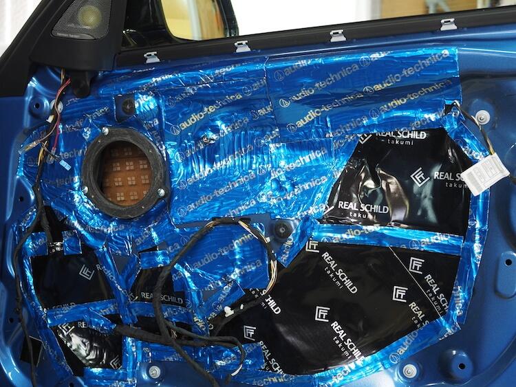 BMW320iインナーパネルパネルデッドニング