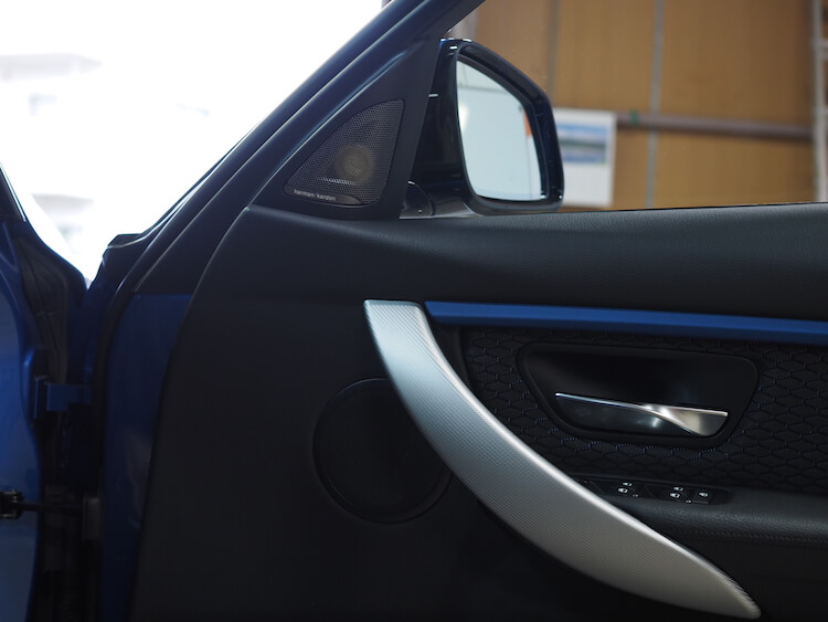 BMW320iにフォーカルES100Kを取り付け