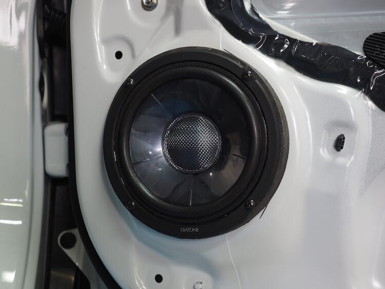 ステップワゴンにG300のミッドバススピーカー取り付け