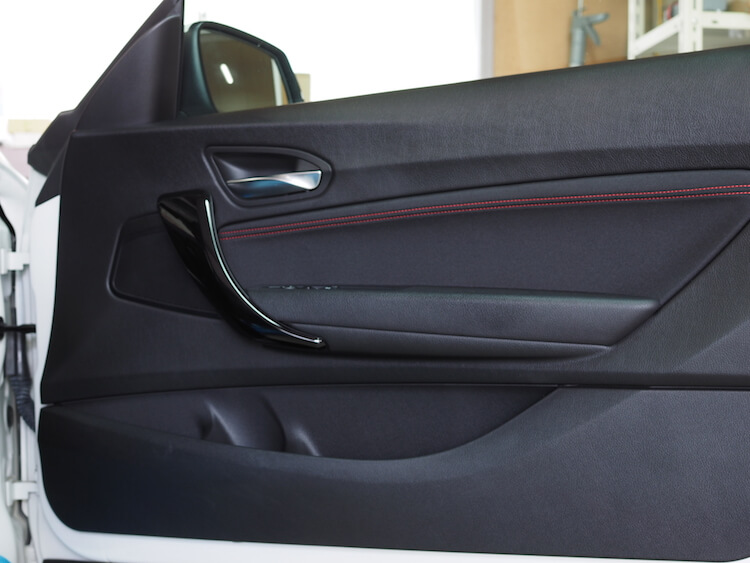 BMW220i F22 ドア内張り