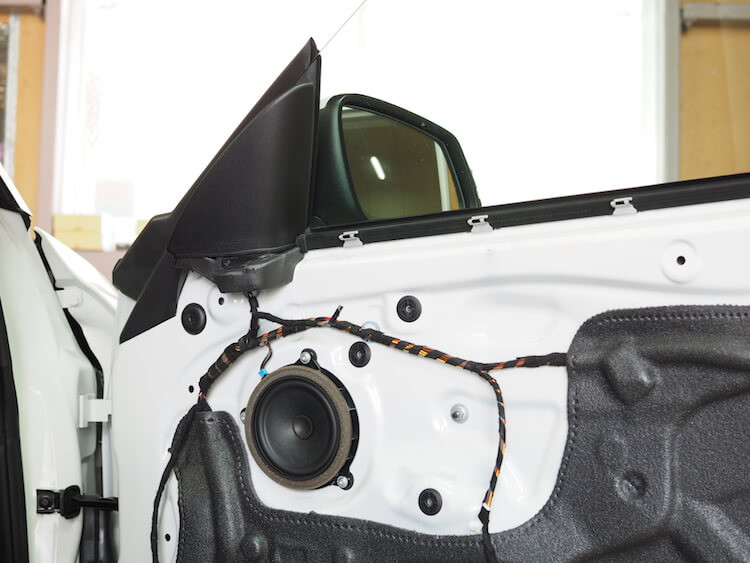 BMW220i F22 純正スピーカー