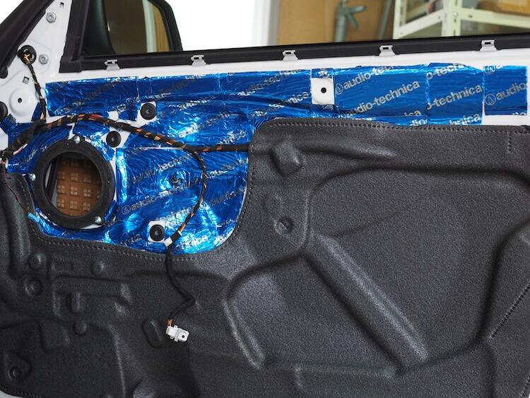 BMW220i F22 スピーカー周りデッドニング