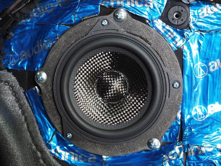 BMW M2 スピーカー交換作業ブラム