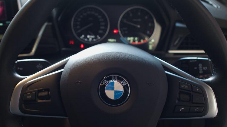 BMW 音質向上 スピーカー交換