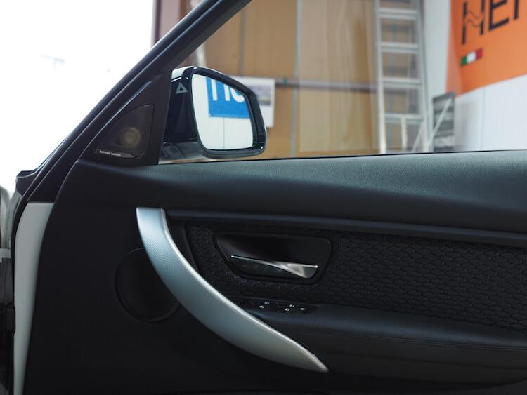 BMW3シリーズツーリング F31スピーカー交換作業
