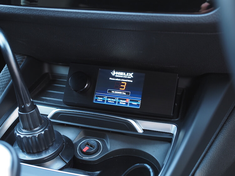 BMW_M2にヘリックスプロセッサーのリモコン取り付け