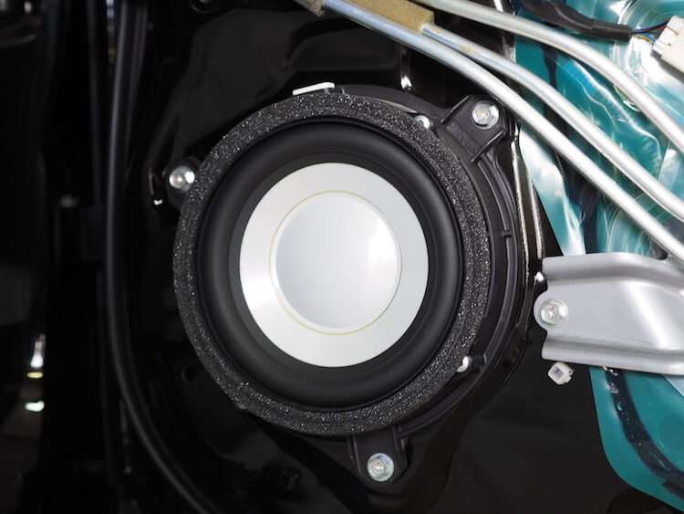 レクサス LS600hL リアスピーカー交換