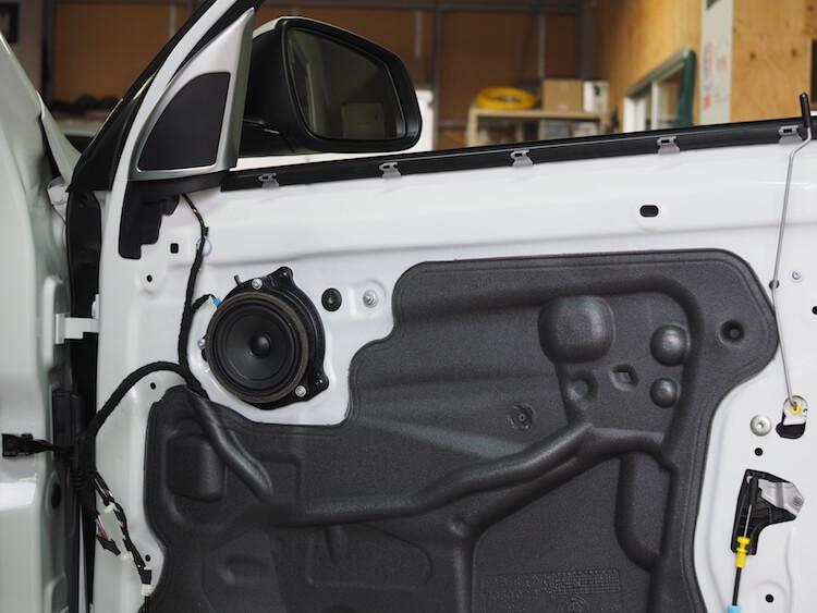 BMWX1純正ドア内部