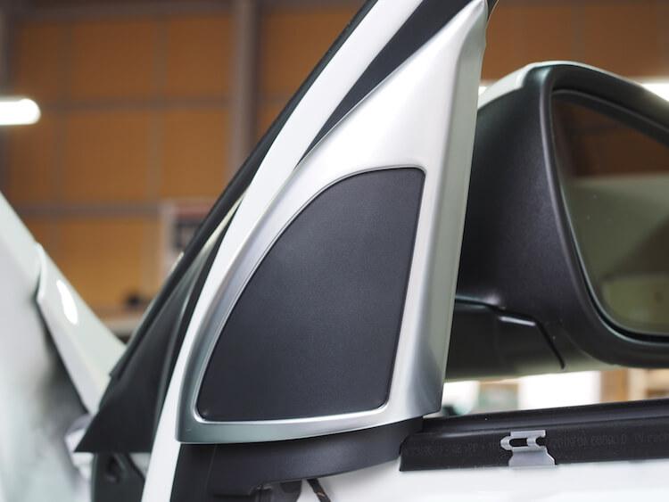 BMWX1ツィーター無しミラー裏パネル
