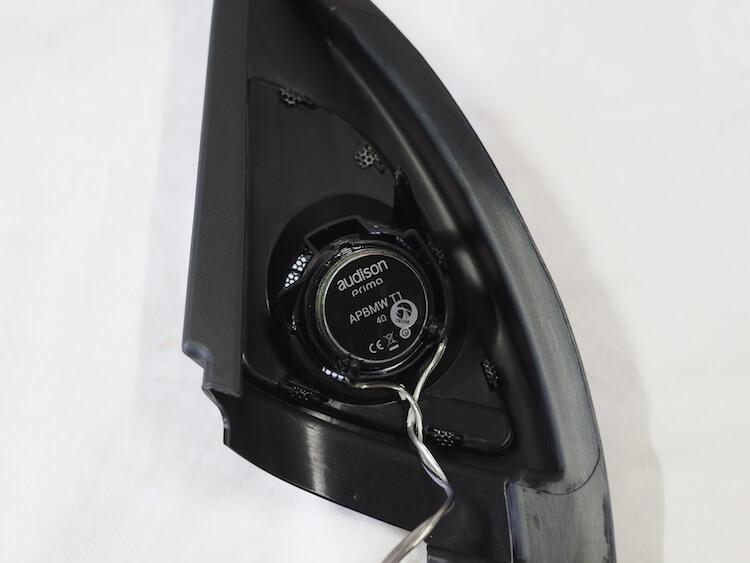 BMW用オーディソンのツィーターをパネルに取り付け