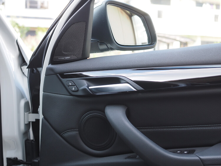 BMWX1スピーカー交換作業完成