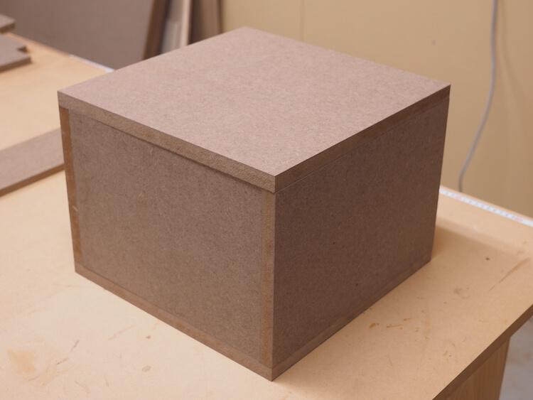 サブウーファーボックス用板を仮組み