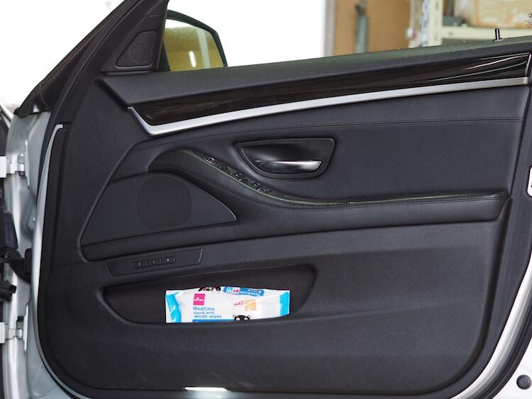 BMW_528iの純正ドア内張