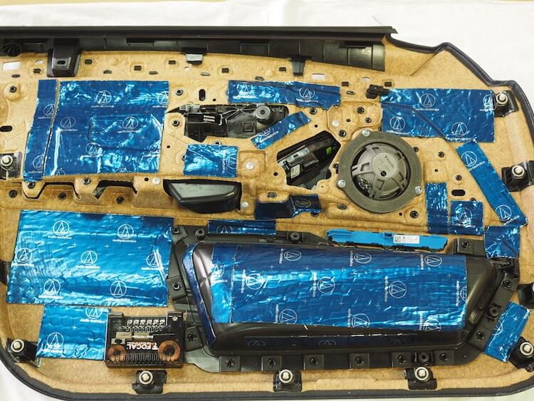 BMW_528iのドア内張デッドニング