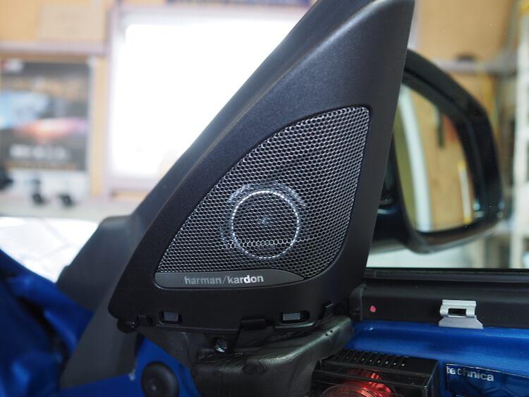 BMW2シリーズF23のハーマンパネルにブラムのツィーター取り付け