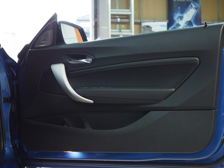 BMW2シリーズF23のドアにブラムのスピーカーを取り付け
