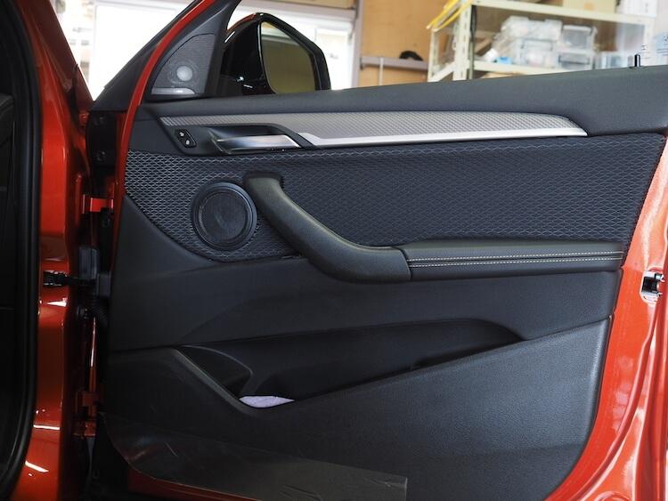 BMWX2の純正ドア内張