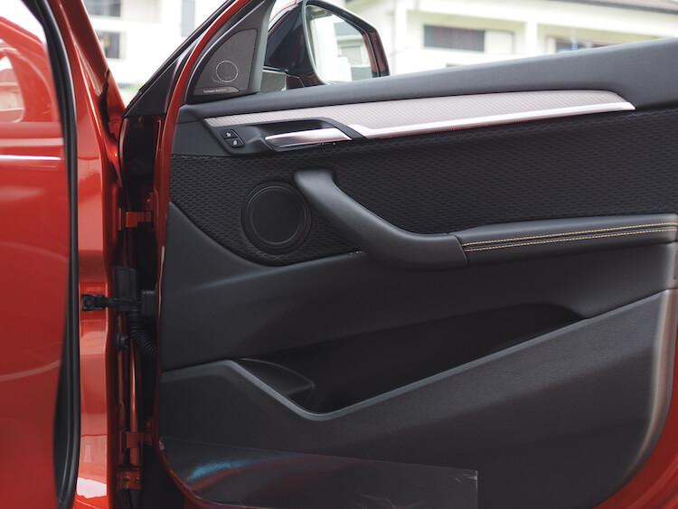 BMWX2のフロントドアスピーカーをビーウィズからブラムへ交換