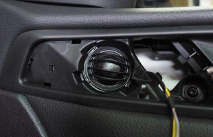 BMW X4(F26)スピーカー交換