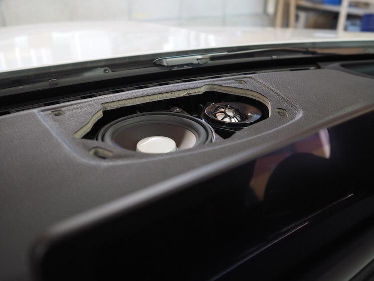 BMWM3のセンタースピーカー