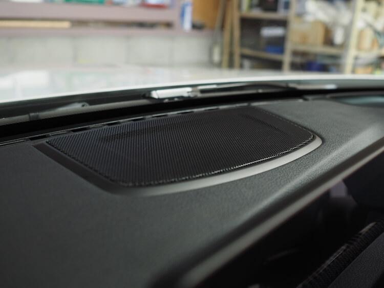 BMWM3のセンタースピーカーをフォーカルのスピーカーへ交換