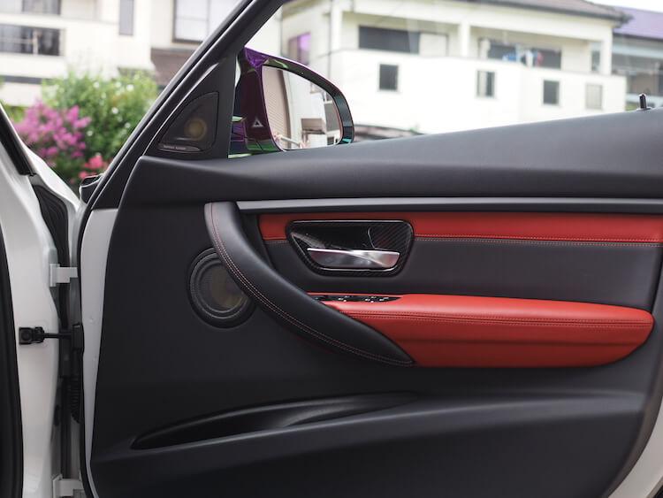 BMWM3のドアスピーカーをフォーカルへ交換