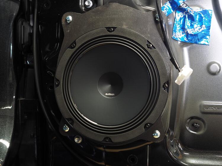 レクサスRX450hのドアにオーディソンのスピーカー取り付け