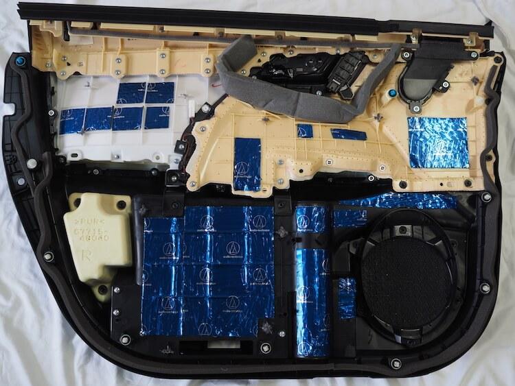 レクサスRX450hのドア内張デッドニング