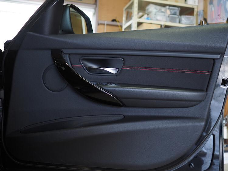 BMW_328i_F30の純正ドア内張