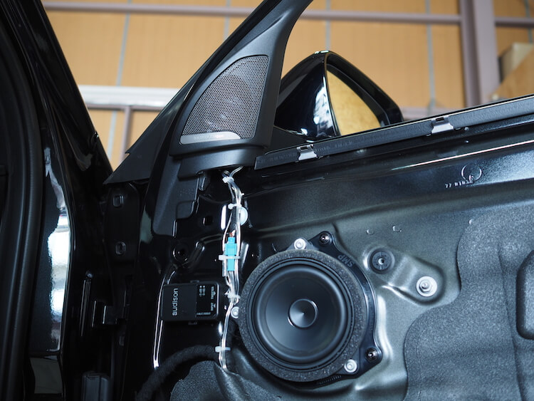 BMW_X2_純正ドアにオーディソンのツィーター取り付け