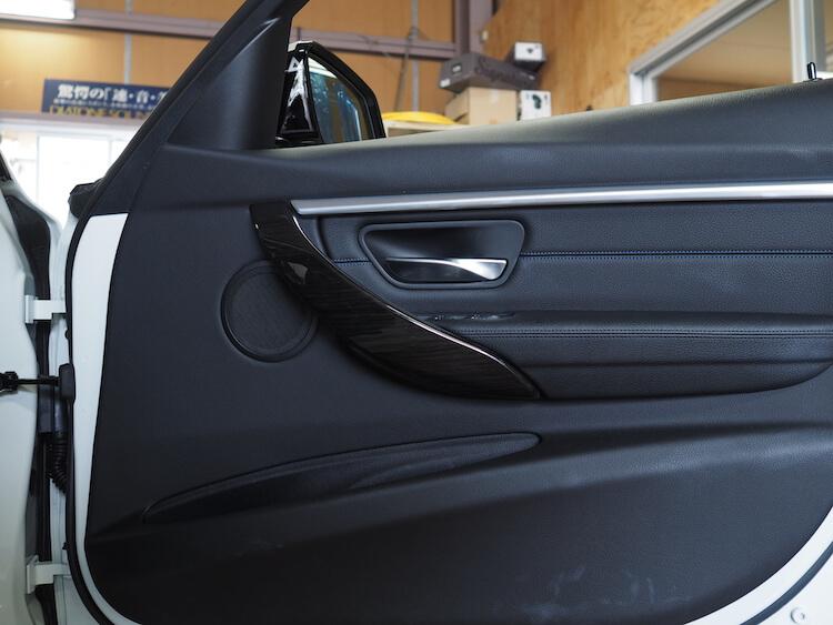 BMW F31の純正ドア内張