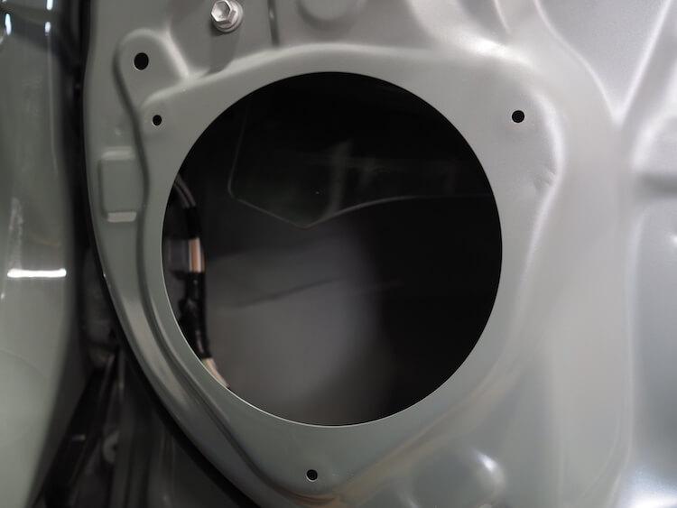 RAV4の純正ドアスピーカー取り外し