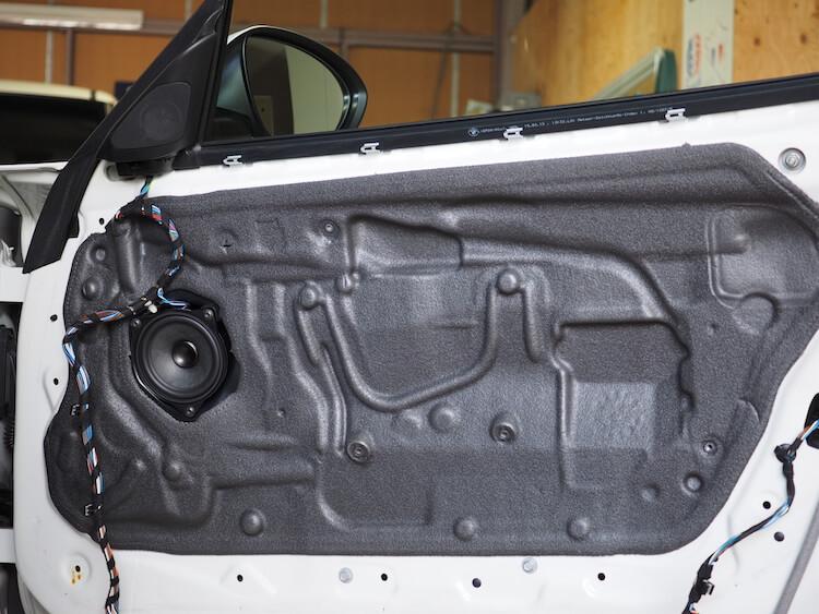 BMW Z4のドア内部