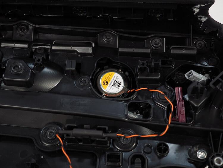 BMWアルピナXD3のリアツィーター