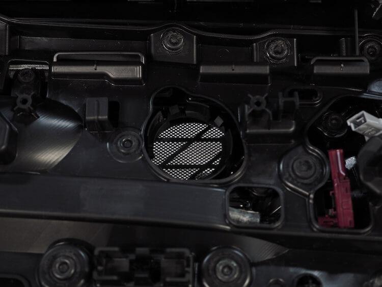 BMWアルピナXD3のリアツィーター取り外し