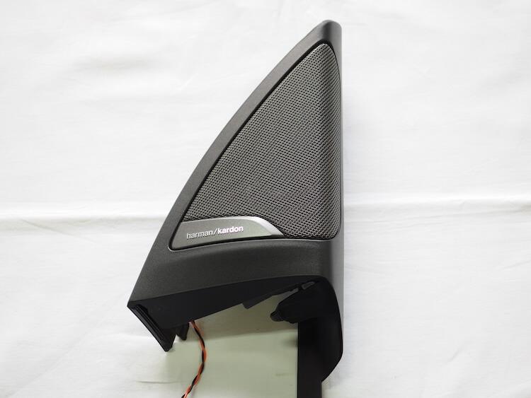 BMWアルピナXD3の純正ツィーターパネル