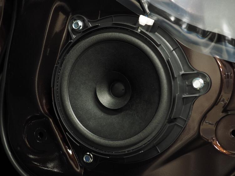 日産NV350の純正スピーカー
