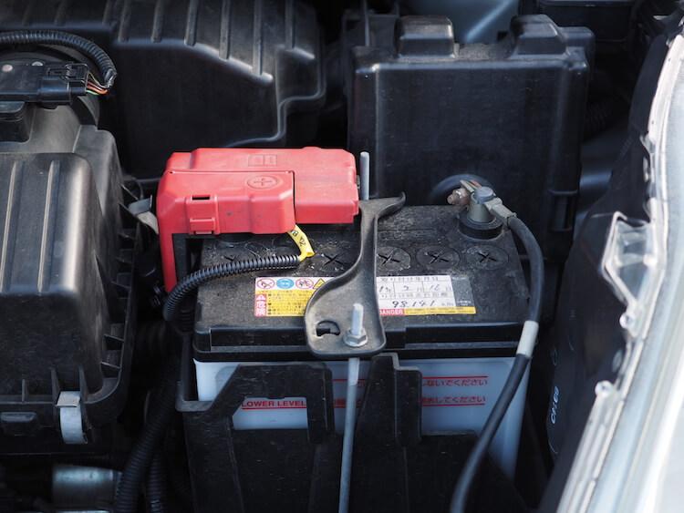 ホンダフィットシャトルのバッテリーからアンプの電源を取り出し