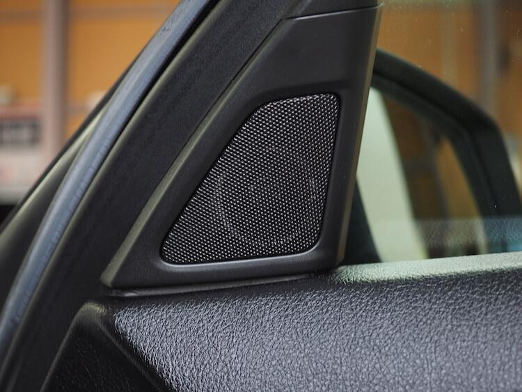 BMW523iのミラー裏ツィーター